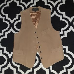 Express vest size small
